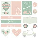 Sistema de tarjetas, de corazones y de etiquetas engomadas con Airballoon, la vespa y F Fotografía de archivo libre de regalías
