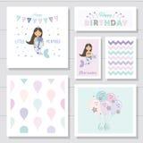 Sistema de tarjetas lindo de cumpleaños para las muchachas Personajes de dibujos animados de little mermaid Con los elementos del stock de ilustración