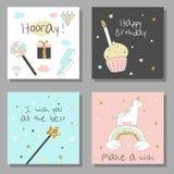 Sistema de tarjetas mágico del diseño con unicornio, arco iris, corazones, nubes stock de ilustración