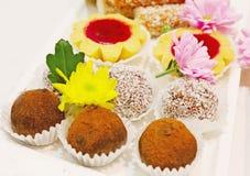 Sistema de tortas y de galletas Imágenes de archivo libres de regalías