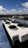 Sistema de ventilación en una azotea Fotografía de archivo libre de regalías