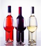 Sistema de vidrios con el vino Fotografía de archivo libre de regalías