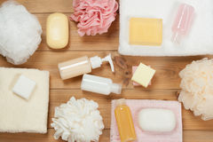 Sistema del artículo de tocador Barra y líquido del jabón Champú, gel de la ducha, cuerpo milipulgada Fotos de archivo