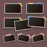 Sistema del bastidor de la foto del vintage con la sombra aislada en fondo marrón Vector las maquetas realistas de la foto con el Imagen de archivo libre de regalías