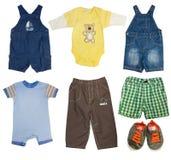 Sistema del collage de ropa masculina del niño Fotos de archivo