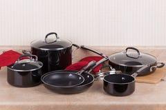 Sistema del Cookware de la cocina fotos de archivo