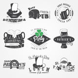 Sistema del día de St Patrick Suerte del irlandés Elementos detallados Etiquetas, etiquetas engomadas, logotipos e insignias tipo Imagen de archivo
