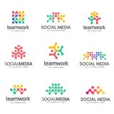 Sistema del diseño del logotipo del vector para los medios sociales, trabajo en equipo, alianza Foto de archivo