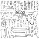 Sistema del garabato del jardín de la primavera Herramientas del esquema, plantas Fotografía de archivo libre de regalías