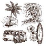 Sistema del icono del bosquejo que practica surf Imágenes de archivo libres de regalías