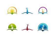 Sistema del logotipo del chrucifix de la raíz, sistema cristiano del diseño del libro de la vida del alcohol Fotografía de archivo libre de regalías