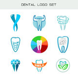 Sistema del logotipo del diente Símbolos médicos dentales de la atención sanitaria stock de ilustración