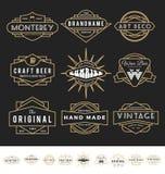 Sistema del logotipo retro de la insignia para el producto del vintage Fotos de archivo libres de regalías