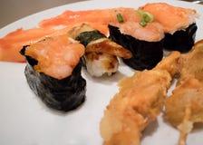 Sistema del Sashimi y del sushi Fotografía de archivo libre de regalías