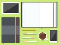 Sistema del sketchbook abierto y cerrado Imagenes de archivo
