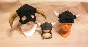 Sistema del sombrero de vikingos de las lanas Imagen de archivo libre de regalías