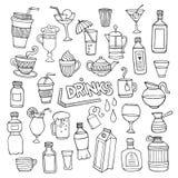 Sistema del vector de bebidas dibujadas diversa mano Imagenes de archivo
