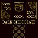 Sistema del vector de elementos del diseño y modelo inconsútil para el empaquetado oscuro del chocolate y del cacao - etiquetas y Fotos de archivo libres de regalías
