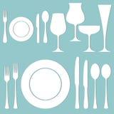 Sistema del vector de la cena formal en la tabla Foto de archivo