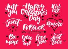 Sistema del vector de las letras de día de la tarjeta del día de San Valentín s Citas e inscripciones aisladas del amor de la cal Imagenes de archivo