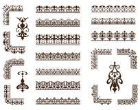 Sistema del vector de ornamentos y de esquinas de encaje stock de ilustración