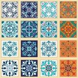 Sistema del vector de tejas portuguesas Modelos coloreados hermosos para el diseño y la moda ilustración del vector