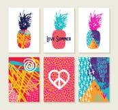 Sistema del verano del diseño feliz colorido con la piña ilustración del vector