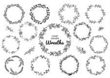 Sistema del vintage de guirnaldas rústicas dibujadas mano Gráfico de vector floral en el tablero blanco Elementos del diseño de l Imagen de archivo libre de regalías