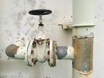 Sistema della pompa della valvola dell'acqua vecchio Fotografia Stock