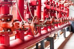 sistema di conduttura del rifornimento idrico di estinzione di incendio fotografie stock