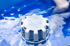 Sistema di filtrazione in vasca calda Fotografie Stock Libere da Diritti