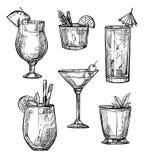 Sistema dibujado mano alcohólica del bosquejo del cóctel Imagen de archivo