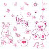 Sistema dibujado mano del ejemplo del vector de la fiesta del té con los juguetes, el pote del té, las tazas, las crepes, los páj Fotos de archivo