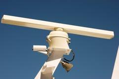 Sistema do radar em um navio Fotos de Stock Royalty Free