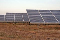 Sistema eléctrico solar Fotos de archivo libres de regalías