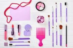 Sistema elegante de cosméticos femeninos Imagen de archivo