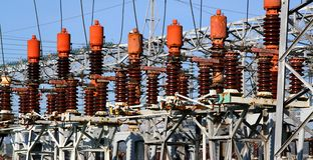 Sistema elettrico della centrale elettrica per produrre elettricità Fotografia Stock Libera da Diritti
