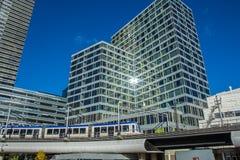 Sistema ferroviário leve na cidade moderna Imagem de Stock Royalty Free