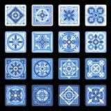 Sistema floral de cerámica portugués azul de la teja de mosaico Vector libre illustration