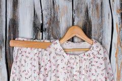 Sistema floral del pijama Fotografía de archivo libre de regalías