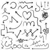 Sistema grande de flechas dibujadas mano digital ilustración del vector