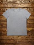 Sistema gris en blanco de la maqueta de la camiseta Foto de archivo