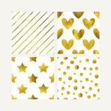 Sistema inconsútil de oro lindo de los modelos Corazones del brillo del oro, estrellas y líneas fondo La tarjeta de la tarjeta de ilustración del vector