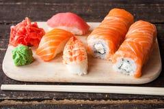 Sistema japonés del sushi Fotografía de archivo libre de regalías