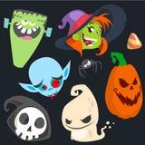Sistema lindo del icono de los caracteres de Halloween de la historieta Monstruo, bruja, vampiro, cabeza de la calabaza, muerte y Fotos de archivo