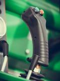Sistema operativo sulla grande macchina agricola industriale Fotografie Stock Libere da Diritti