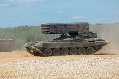 Sistema pesado TOS-1 do lança-chamas Foto de Stock