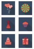 Sistema plano con la empanada, regalo, magdalena, fan, casquillo, globos, corazón ilustración del vector
