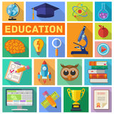 Sistema plano del icono de la educación Fotos de archivo libres de regalías