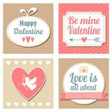 Sistema retro lindo de tarjetas de las tarjetas del día de San Valentín, ejemplo  Foto de archivo libre de regalías